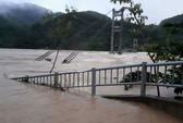 Cận cảnh Bắc Trung Bộ chìm trong mưa lũ