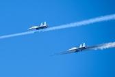 Xem Su-30MK2 bổ nhào phóng tên lửa diệt mục tiêu trên biển
