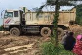 Phó Ban Tuyên giáo huyện bán một thửa đất cho nhiều người