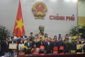 Thủ tướng cởi mở trò chuyện với 10 gương mặt trẻ tiêu biểu