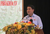 Chủ tịch Nguyễn Đức Chung: Không thể trồng xà cừ trên phố