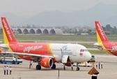 Máy bay Vietjet bay vòng 1 giờ đốt nhiên liệu rồi hạ cánh cứu khách