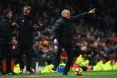 """Mourinho """"chê"""" Liverpool phòng ngự tiêu cực"""