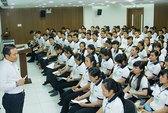 Thi tuyển nữ thực tập sinh tại Nhật Bản