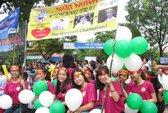 Đội mưa cổ vũ cho nhà vô địch Olympia 2017 Phan Đăng Nhật Minh