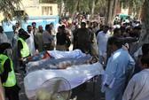 Pakistan: Giết 20 người trong đền thờ để