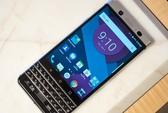 Cận cảnh BlackBerry Mercury với bàn phím cứng