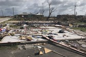 Đảo Barbuda sạch bóng người sau siêu bão Irma