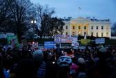 Hàng loạt bang kiện lệnh cấm nhập cư mới của ông Trump