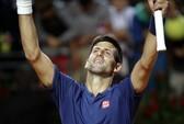 """Djokovic """"chạy marathon"""" vào chung kết Rome Open"""