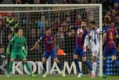 """Real Madrid và Barcelona rượt đuổi trước """"siêu kinh điển"""""""