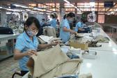 Công nhân dệt may, da giày trước nguy cơ mất việc