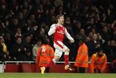 Ăn may Leicester, Arsenal nuôi hy vọng vào tốp 4