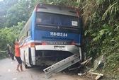 Xe khách tông vách núi Tam Đảo, 5 người thương vong