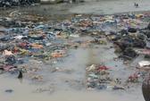 Lý Sơn ngập chìm trong rác sau bão