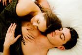 """Không """"lên giường"""" thì vợ chồng là cái chi chi…"""