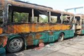 Cháy rụi 10 xe buýt đang chờ đấu giá