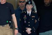 Xử binh nhì Manning để đe nẹt