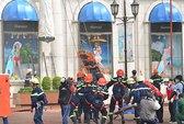 Diễn tập cứu người trong đám cháy