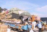 Hàng Việt trắc trở đường vào Campuchia