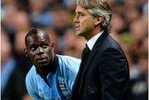 """Balotelli rút đơn, """"ngoan ngoãn"""" nộp phạt"""