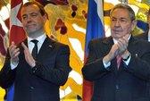 Thủ tướng Nga Medvedev: Ông Fidel Castro rất khỏe mạnh