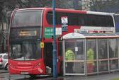 Kinh hoàng nữ sinh 15 tuổi bị đâm chết trên xe buýt