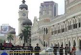"""Malaysia bắt 10 """"ninja"""" đòi cướp ngai vàng"""