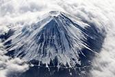 Nhật Bản tố Trung Quốc làm ô nhiễm Phú Sĩ