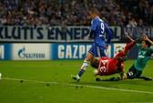 """Torres: """"Thần tài"""" đá cúp"""