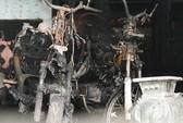 Cụ ông đốt nhà, 2 người thiệt mạng