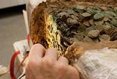 Khai quật kho tiền cổ giá trị 15 triệu USD