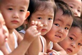 Kêu gọi xem lại chính sách một con ở Trung Quốc