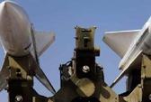 """Iran """"khoe"""" hệ thống tên lửa mới"""