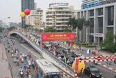 Thông xe 2 cầu vượt lắp ghép đầu tiên giữa lòng Hà Nội