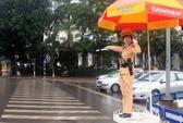 Nữ CSGT điều khiển giao thông dưới trời rét 10 độ C