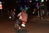 Hà Nội: Táo tợn giật điện thoại Vertu giá 160 triệu đồng trên phố