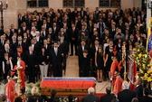 Phó Thủ tướng Hoàng Trung Hải dự lễ viếng Tổng thống Hugo Chavez