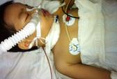 Xót xa bé trai 6 tuổi nghi bị cha cứa cổ