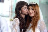 """""""Đám cưới"""" tập thể của 10 cặp đồng tính ở Hà Nội"""