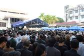 Hàng chục ngàn người dân đang xếp hàng vào viếng Đại tướng