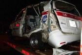 Kinh hoàng tàu hỏa tông taxi, 9 người thương vong
