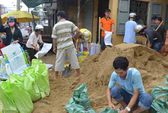 Cận cảnh dân miền Trung chạy đua đối phó siêu bão Haiyan