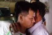 Gia đình ông Nguyễn Thanh Chấn hồi hộp như lửa đốt