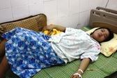 """Thai nhi tử vong bất thường, gia đình """"tố"""" BV thiếu trách nhiệm"""