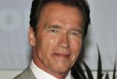 """""""Người hùng cơ bắp"""" Arnold bênh vực phim bạo lực"""