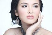 Diễm Hương dự thi Hoa hậu Hoàn vũ 2012
