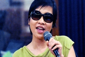 Thanh Lam, Mỹ Linh, Hồng Nhung biểu diễn trên đường phố