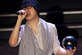 Wanbi Tuấn Anh bật khóc chia sẻ người đồng cảnh ngộ