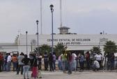 Bạo động đẫm máu trong nhà tù, 13 người chết